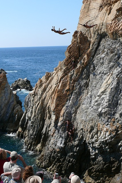 acapulco, la quebrada, rock, jumping into water, water