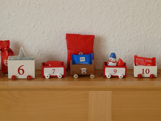 advent calendar, train, gifts, nicholas, wagons, packed