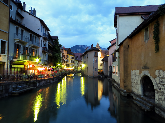 annecy, channel, france, water, reflection, mirroring