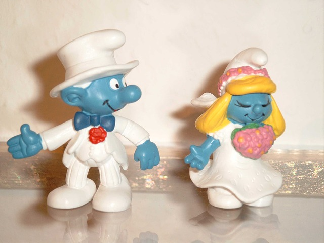 bride and groom, wedding, smurfs, fig