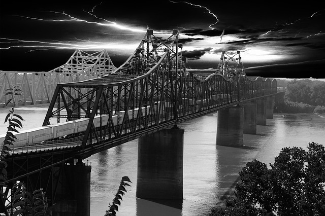 bridge, railway bridge, vicksburg, ms, black and white