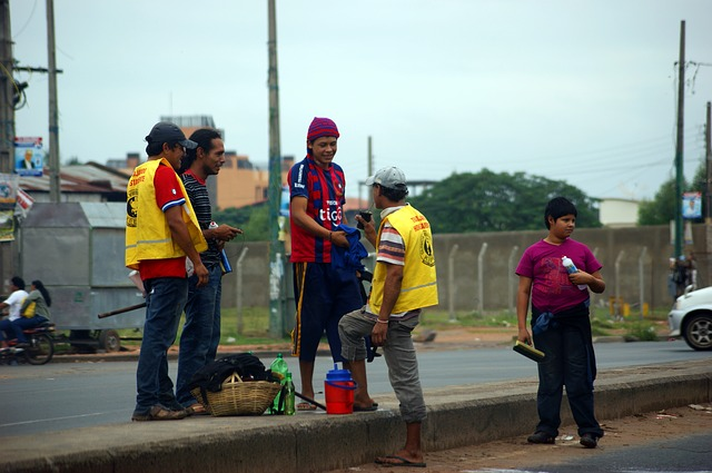 children, young people, clean, street, auto, paraguay
