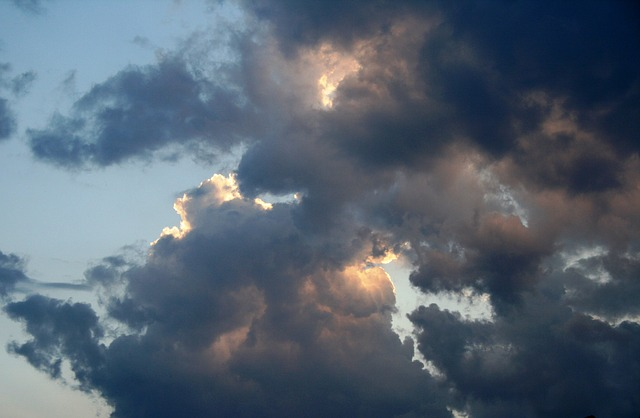 clouds in the sky, paynes-grey shadows, evening sky