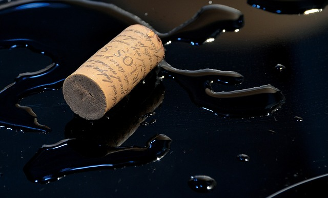 cork, stopper, wine, puddle, water