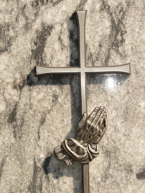 cross, hand, prayer, hope, resurrection, tombstone