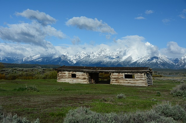 cunningham ranch, historic, cabin, pioneer, wyoming