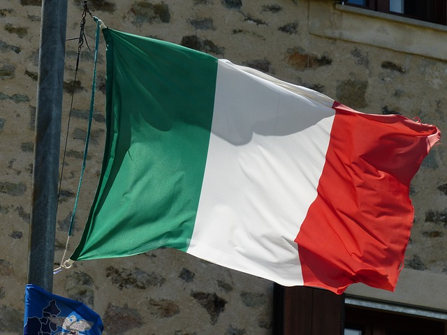 flag, italy, blow, wind, flutter, fabric, green, white