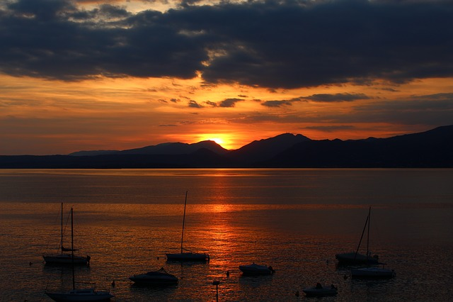 garda, sunset, mountains, sailing boats, abendstimmung