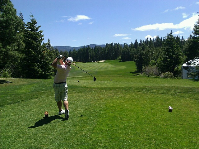 golfing, golfer, man, swinging club, tee shot, drive