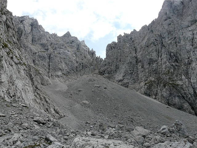 high angle, mountains, scree, rubble field