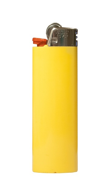 lighter, cigarette lighter, yellow, object, pikkuesine