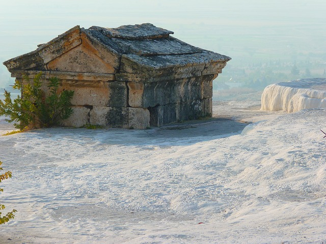 pamukkale, tomb, sarcophagus, lime sinter terrace