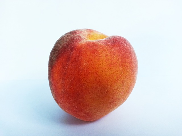 peach, fruit, fruits, food, foods, vegetarian, feed