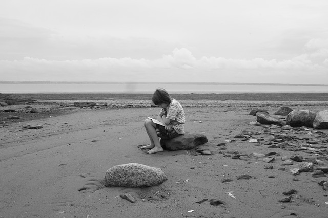 reading, child, sea