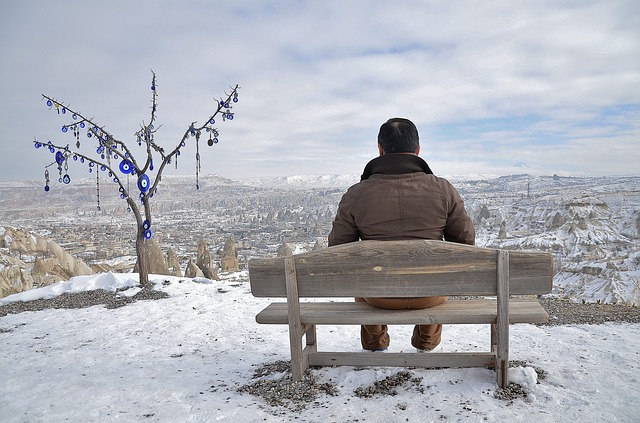 resting, male, man, sitting, bank, winter, nature, snow