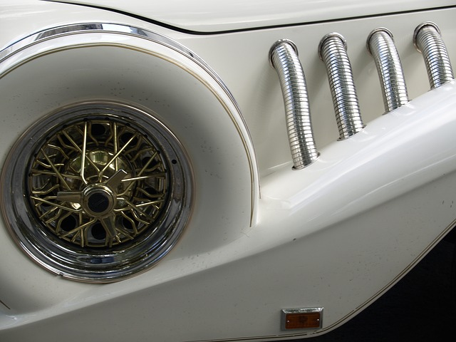 rolls royce, vehicle, car, automobile, white