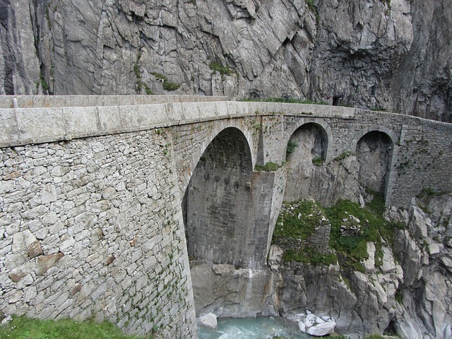 schöllenen gorge, gotthard, switzerland, alpine, pass