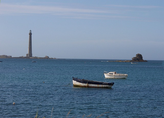 sea, britain, lighthouse, boats, sky, blue, france