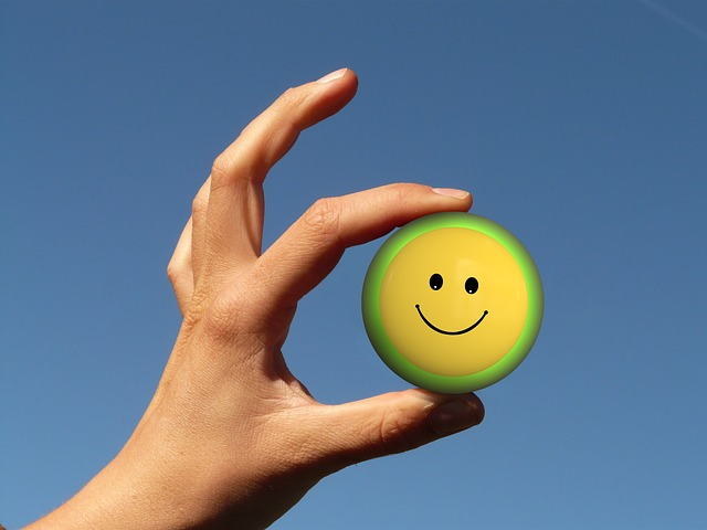 smiley, hand, finger, keep, access, yellow, happy