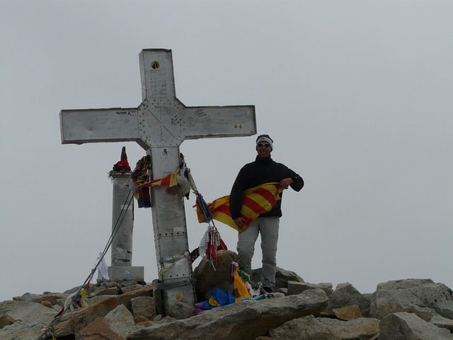 summit cross, cross, top, pico aneto, mountain, alpine
