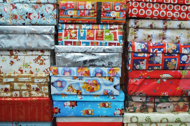 surprises, gifts, christmas, wrapping, paper, paint