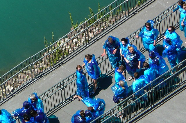 tourists, boating, niagara falls, buffalo, usa