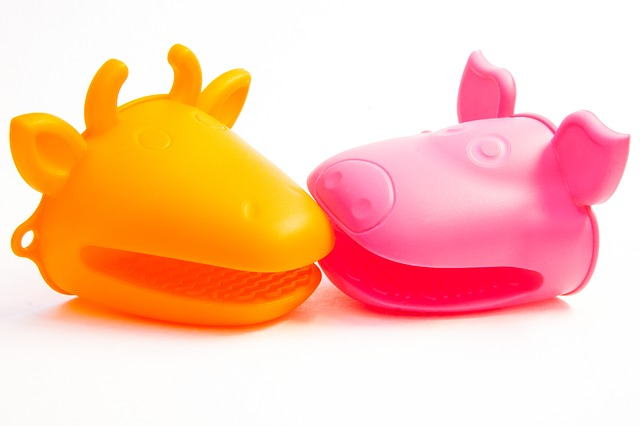 toys, plastic, cow, pig, nature, animal world, silicone