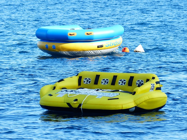 water sofa, water sports, sea, water, dinghy
