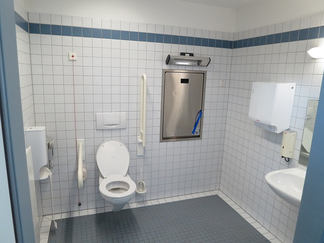 wc, barrier free toilet, disabled, changing table, bad