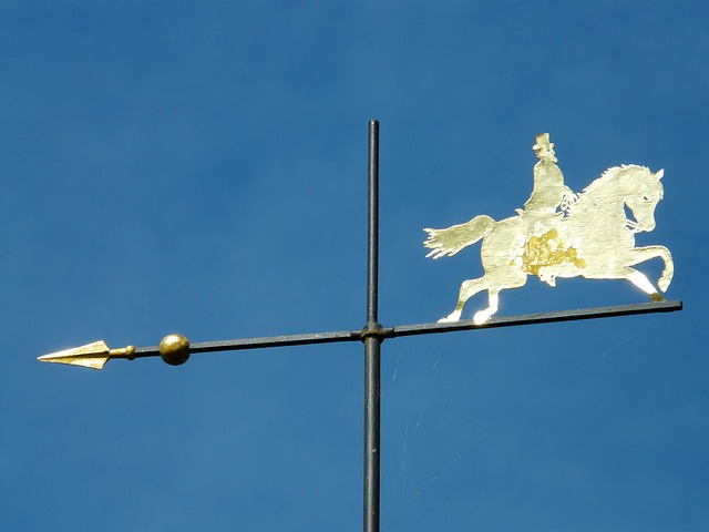 weathervane, metal, gold, sparkle, reiter, horse, sky