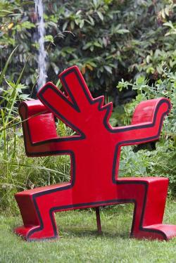 artwork, sculpture, keith haring, dog, red dog, barking