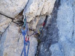 climb, mobile backup medium, chocks, rock
