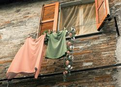 clothes line, window, fortress, historically, italy