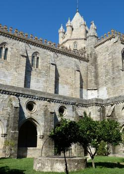 evora, portugal, old town, church, cathedral, monastery