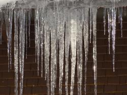 icicle, ice, cold, frost, frosty, winter, hauswand