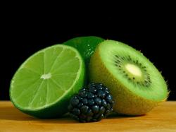 kiwi, blackberry, lime, green, blue, black, still life
