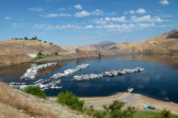 lake success, reservoir, lake, water, houseboats