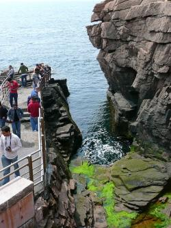thunder hole, acadia national park, massachusetts, usa