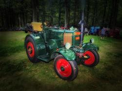 tractor, vehicle, oldster, classic, vintage, antique