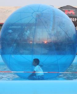 walking, water, ball, funny, kids, floating, toy