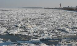 winter, river, ice floes, nature, lighthouse, elbe