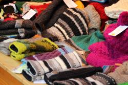 wool, cap, gloves, heat, cold, warm, clothing, attract